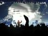 Portishead - Machine Gun - Chuck D
