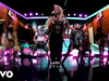 Gwen Stefani - Slow Clap (Live From Late Night Show with Seth Meyers/2021)